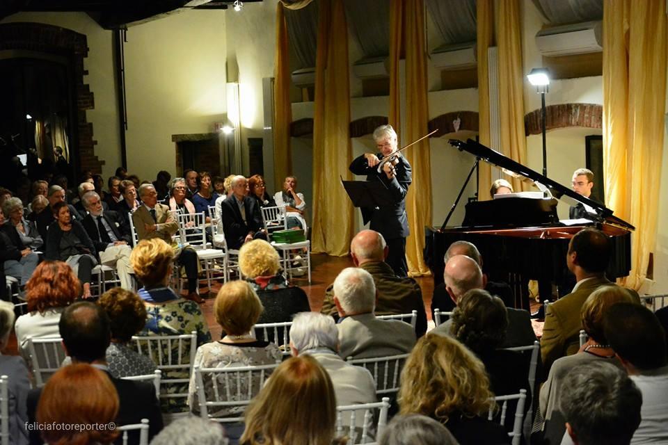 Concerte de muzică clasică la Pavilionul României cu participarea Academiei de Muzica din ERBA