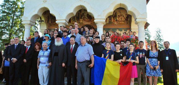 Al via la XIV-edizione dell'Università estiva dei romeni all'estero di Izvoru Muresului-Romania