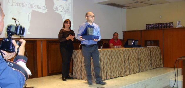 Poetul italian Luca Cipolla premiat la Latina pentru o creație poetică în limba română