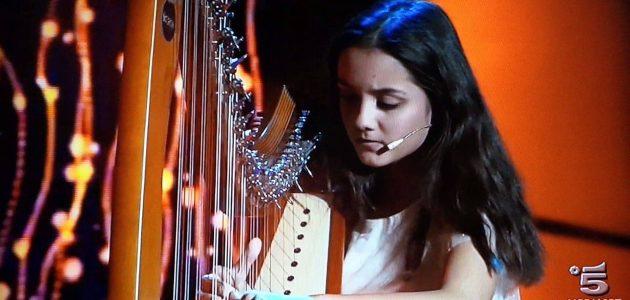 Eleva Daria Văcăroiu, o prezență de excepție în emisiunea lui Gerry SCOTTI pe Canale 5
