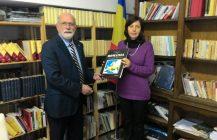 Scambi culturali italo-romeni. Donazione di libri romeni per la Biblioteca di Trentino Alto Adige